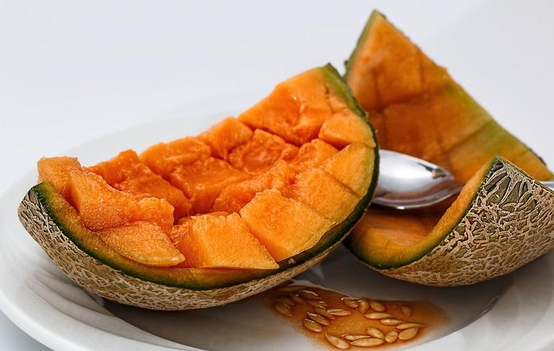 Sałatki i surówki z melonów