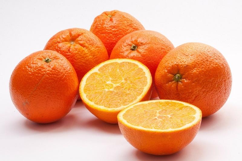 Sałatki i surówki z pomarańczy