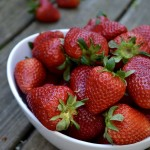 Sałatki i surówki z truskawek